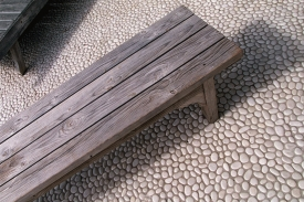 Bench Pebble